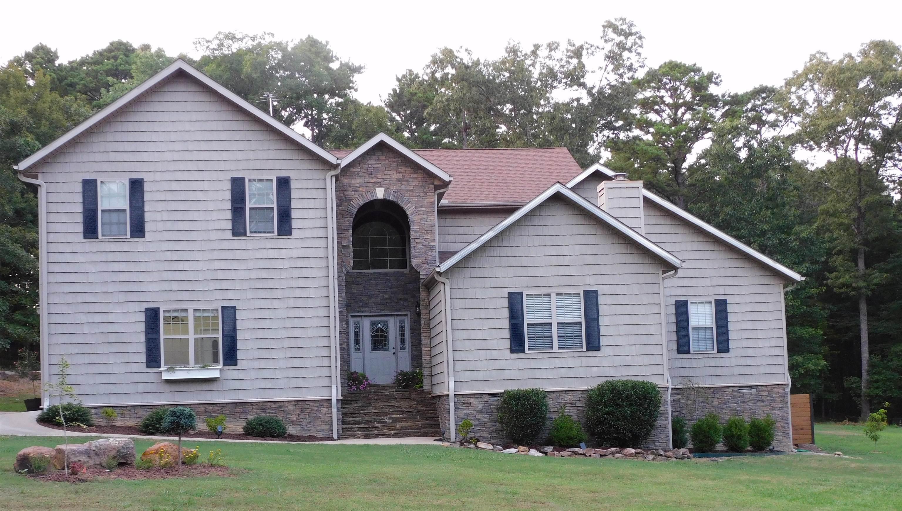 Residential for sale –  Edgemont,