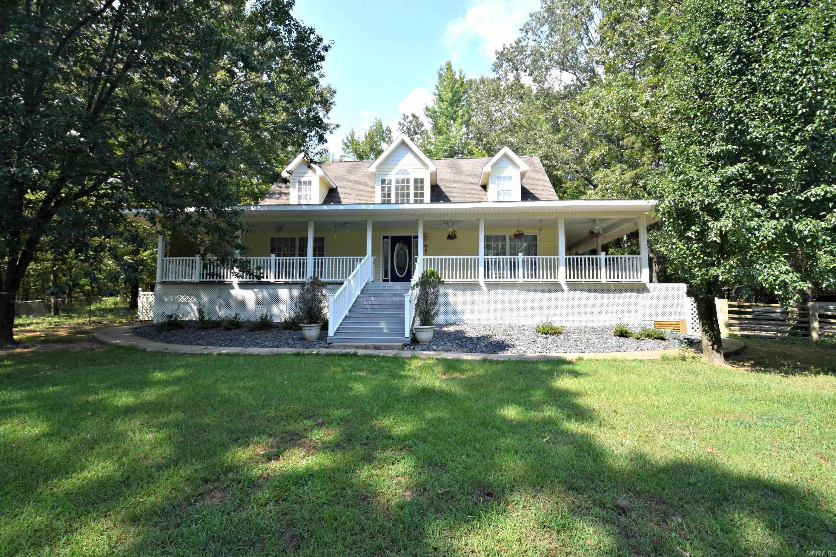 Residential for sale – 782  Polk Road 24   Cove, AR